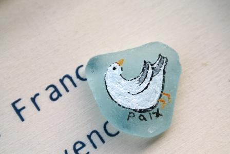 シーグラスアート 平和の鳩