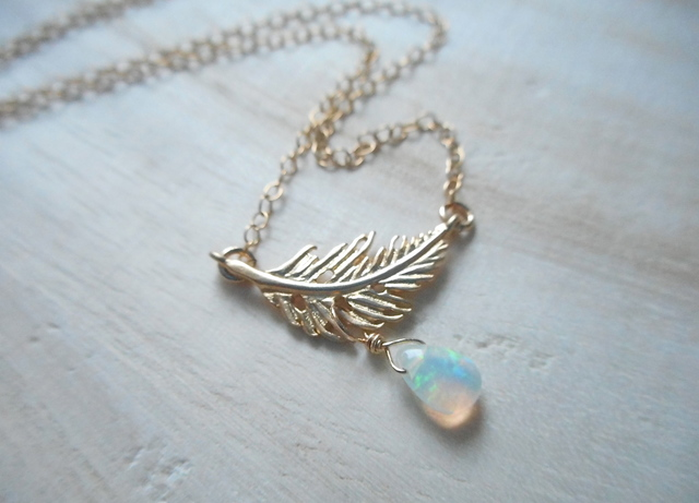 ☆再販☆ Happy Feather and Opal necklace 14kgf