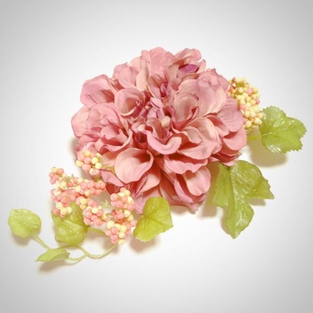 お花の髪飾り(牡丹?ピンク)