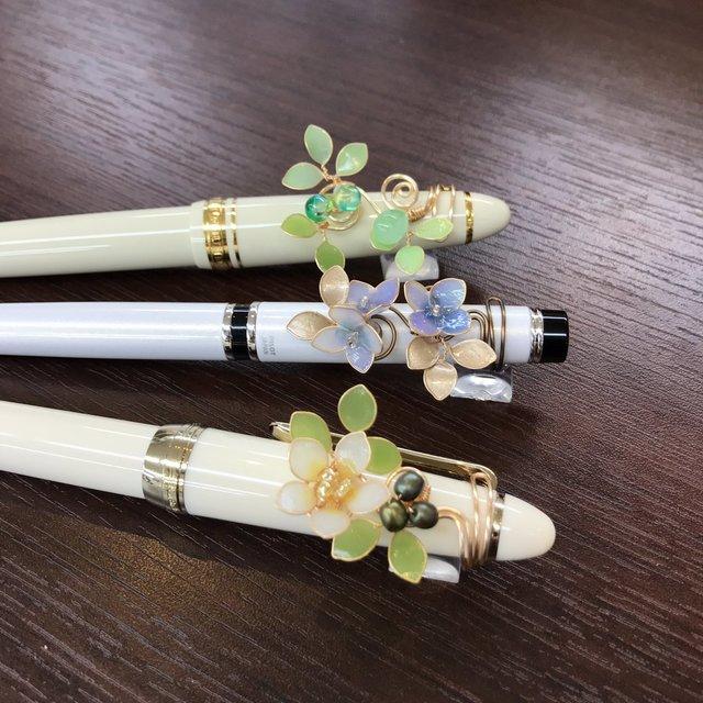 ペンにつけるアクセサリー「ペンカフ」
