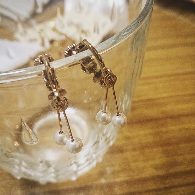 華奢パールのイヤリング-短め