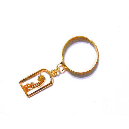 四角型聖母スカシリング指輪