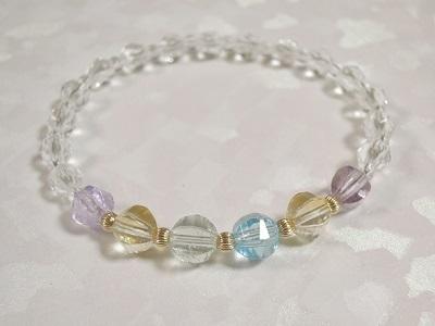 4種の宝石質天然石のブレスレット