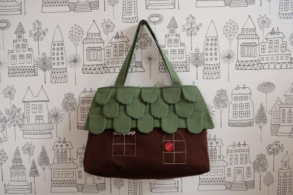 ouchi-bag   L 50cm 淡グリーンのうろこ屋根のおうち