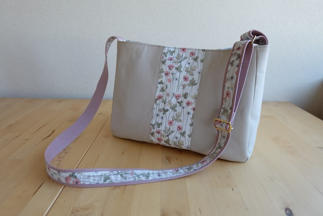 リバティ Josephin's Garden(ジョセフィンズ・ガーデン)×帆布のショルダーバッグ