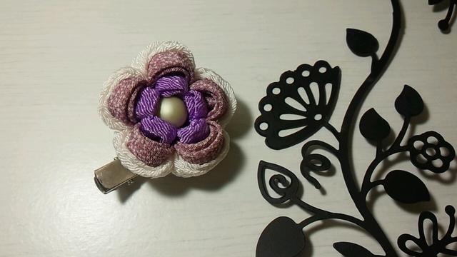 つまみ細工のヘアクリップ&ブローチ(紫)