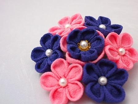つまみ細工 ヘアピンブローチ 濃い紫×ピンク