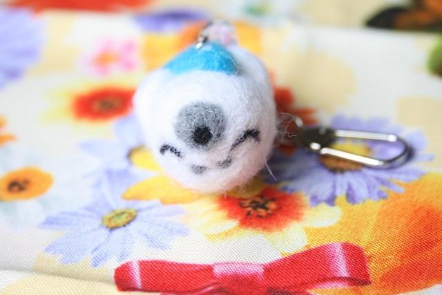眠りシロアザラシのキーホルダー
