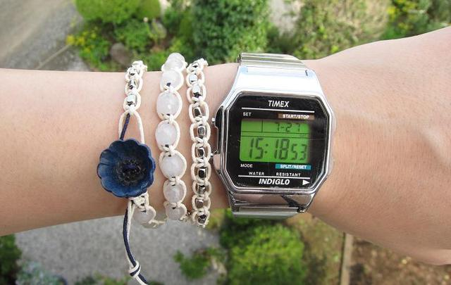 wrap bracelet (deep blue flower, white jade)