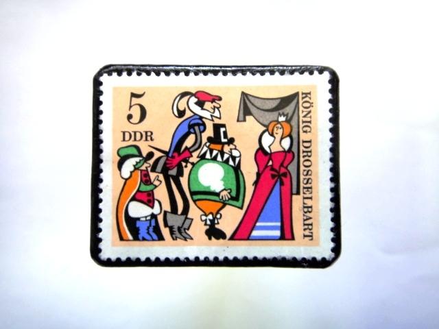 旧東ドイツ童話」切手ブローチ930