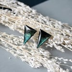 Triangle Green Cosmic ピアス