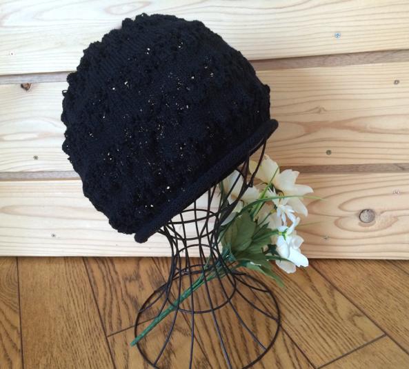 頭にやさしい帽子 透かし編み ブラック