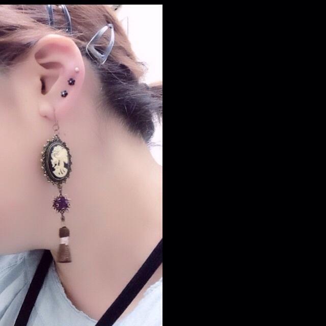 髑髏×耳飾り