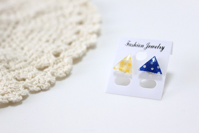 【sold out】さわやか青×黄 さんかくピアス