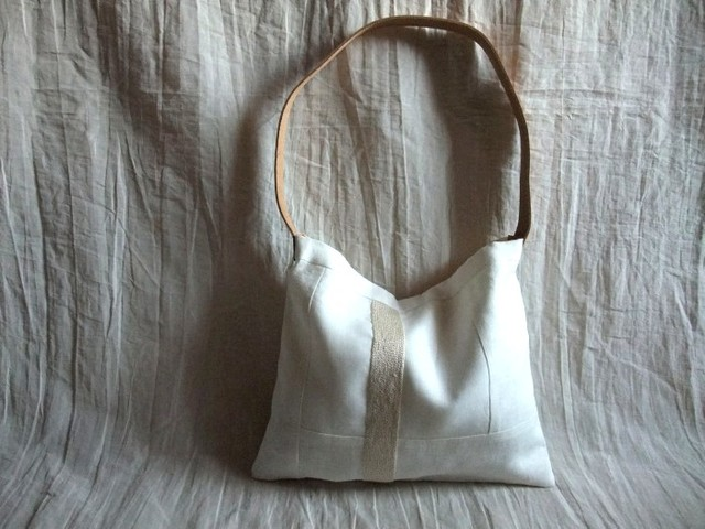 itoiro bag (shiro)