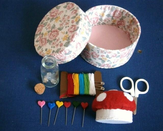 ミニ裁縫箱