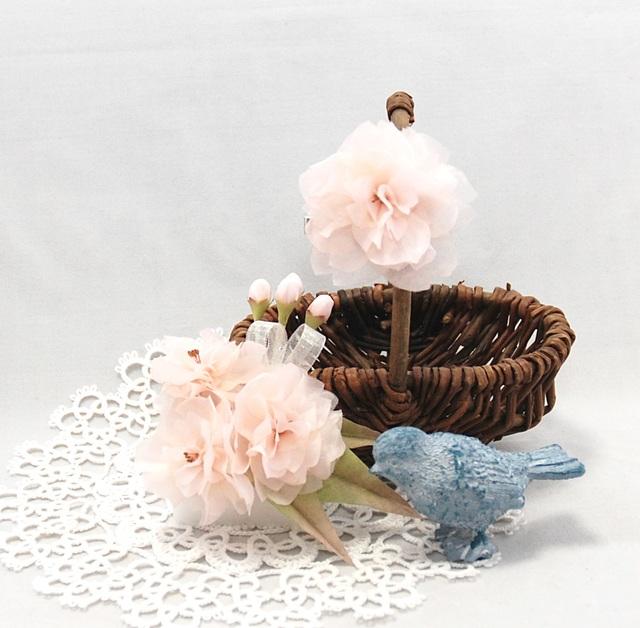 [受注制作]八重桜のコサージュとブローチのセット〜spiritual beauty〜