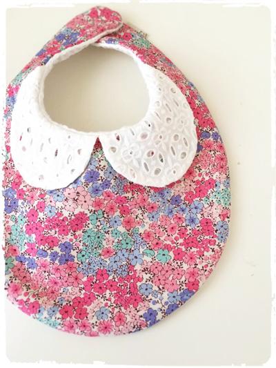 【再販です】かわいいスタイ *刺繍衿×水彩画風小花柄* ピンク
