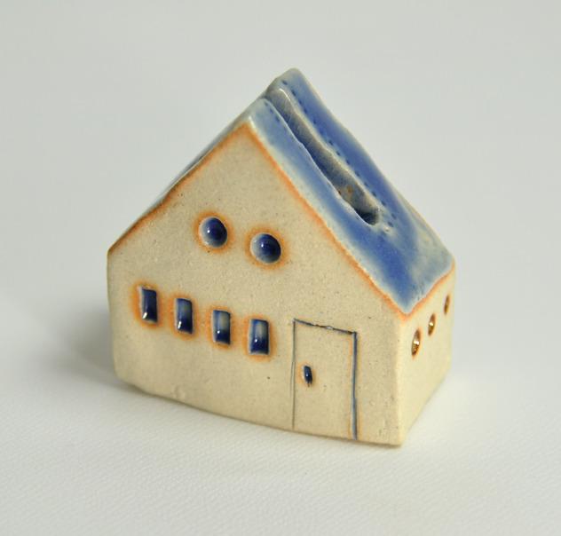 カード立ての家