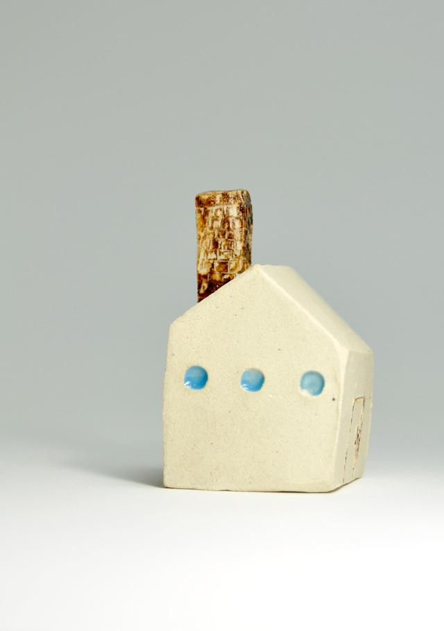 茶色のえんとつの家
