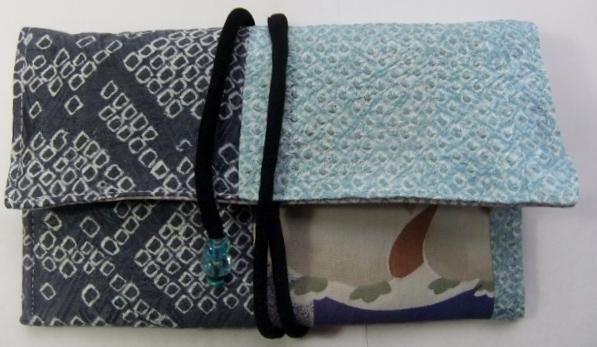 着物リメイク 絞りの羽織と子供の着物で作った和風財布 188