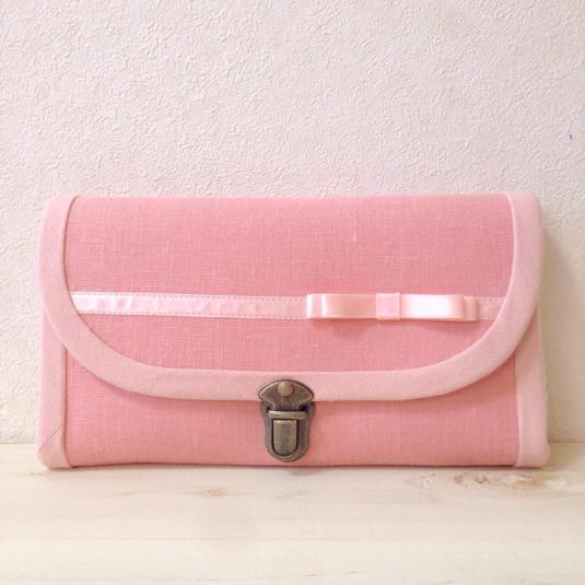サテンリボンの長財布(ピンク・コインパース1つ・差し込み錠)