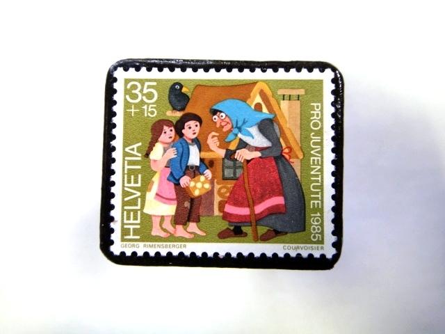 スイス 童話切手ブローチ959