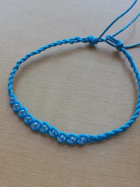 ブレス(青)