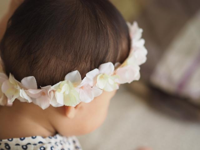 【1】ホワイトとピンクのナチュラルな花かんむり◇赤ちゃんとキッズのためのアクセサリー