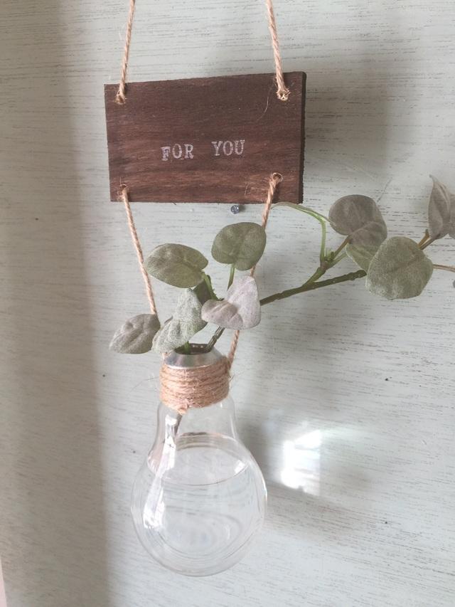 プーミラ☆電球の吊り下げ花瓶