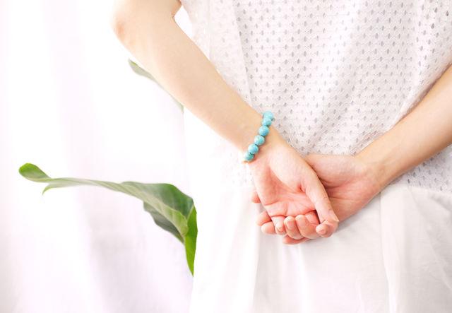 再販】真珠とマグネサイトターコイズのブレスレット 〜Ischia