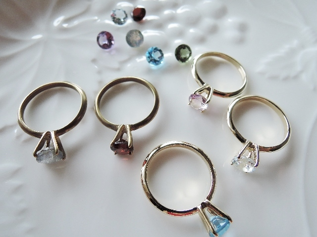 感謝セール価格です!宝石質 天然石の指輪 4爪リング☆こちらは、スカイブルートパーズorピンクアメジストのページです!(764)
