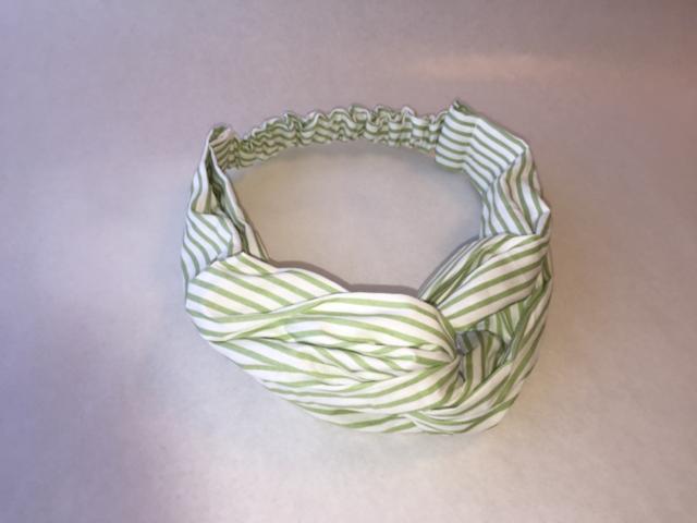 ストライプヘアバンド(薄緑色)