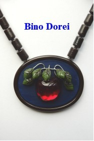 BinoDorei 林檎ネックレス