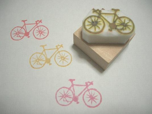 消しゴムはんこ 自転車?