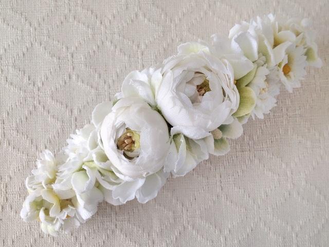 染め花のスリムバレッタ(ホワイト&グリーン)