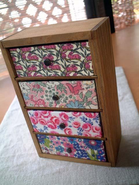 リバティ引き出しつき木製飾り棚Cottontail,Fergus,Kasia,MA