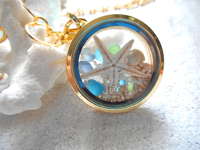 �����Seashore Memory Locket