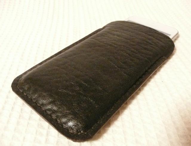 手縫いi Phone 5専用立体的ケース こげ茶シボ牛革