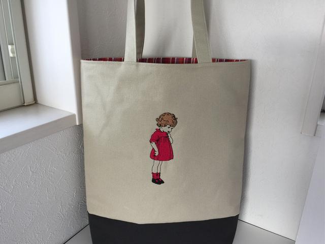 60e86bd87938 刺繍の帆布のA4縦型トートバッグ 可愛いフランスの女の子 ...