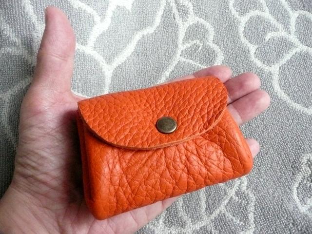 【新作】橙色(オレンジ)トリヨンのぷっくりポーチ・ミニ