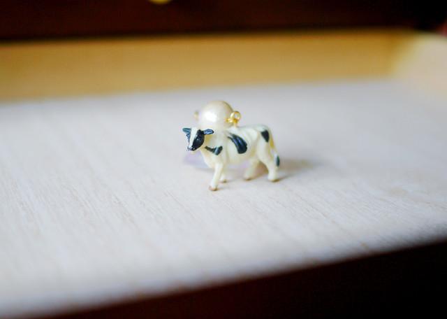 animal片耳ピアス【Cow 3】
