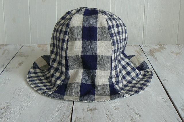可愛いチェック柄の帽子  Kids   (約54cm〜56cm)  再販