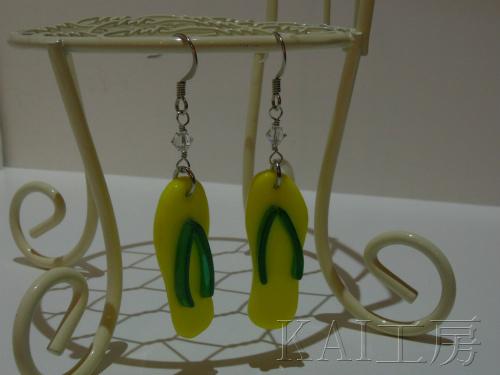 ガラスのビーチサンダルピアス (黄色×緑)