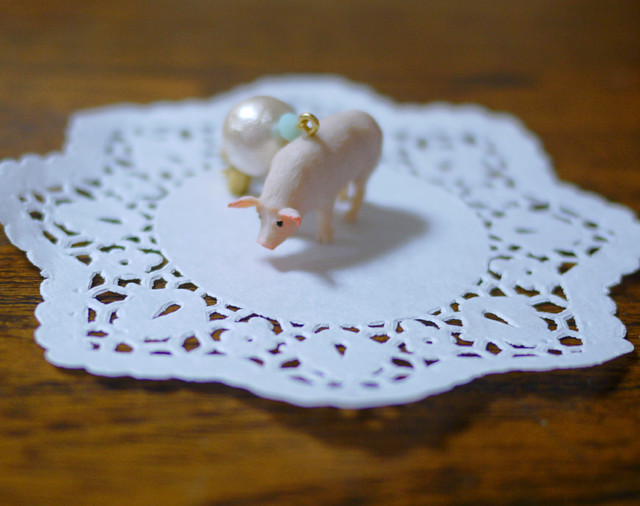 (Sold out)animal片耳ピアス【Pig】