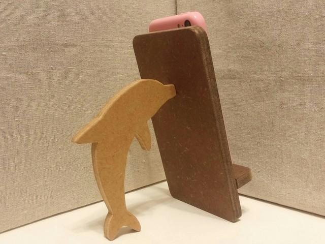 イルカが支える携帯・スマホスタンド 濃茶