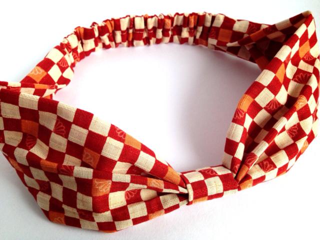 市松模様のリボンヘアバンド(赤)