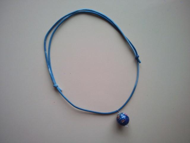 天然石地球儀の空色ネックレス