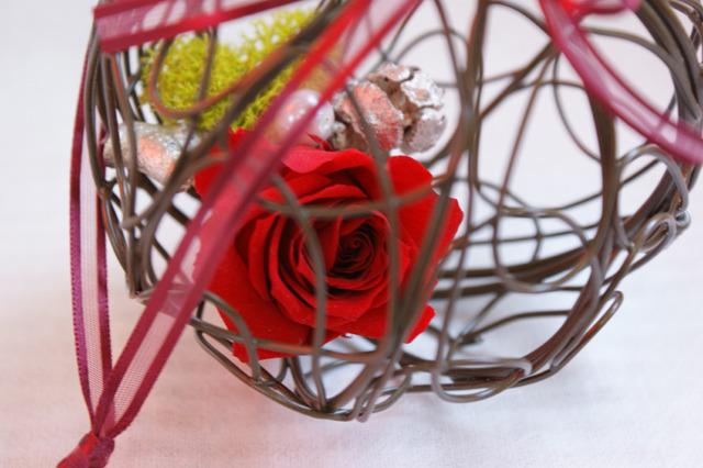 プリザーブドフラワー 赤いばら ワイヤーボール