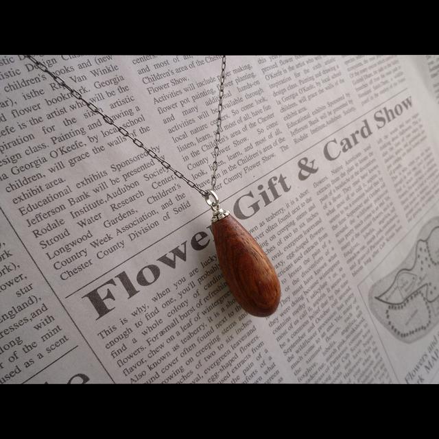 天然木ドロップペンダント 花梨